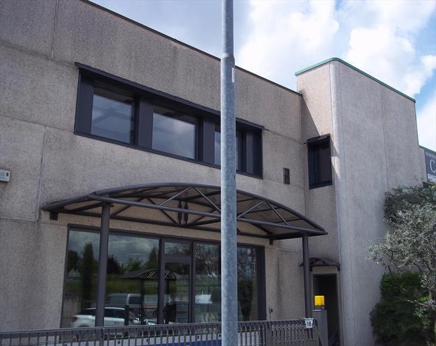 Ristrutturazione e riqualificazione energetica uffici a Rovato (Brescia)
